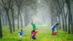 Perbedaan Anak Zaman Dulu dan Sekarang dalam Pola Interaksi Sosial